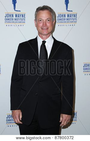 LOS ANGELES - FEB 11:  Gary Sinise at the 30th Annual John Wayne Odyssey Ball at the Beverly Wilshire Hotel on April 11, 2015 in Beverly Hills, CA