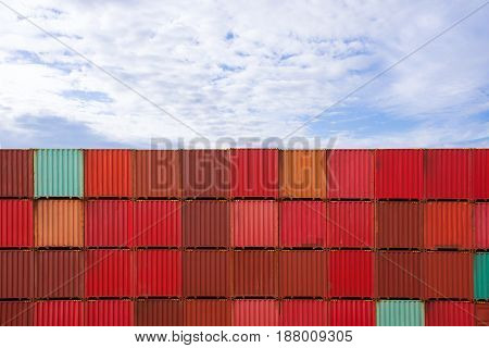 Container for export to customer / selective focus.