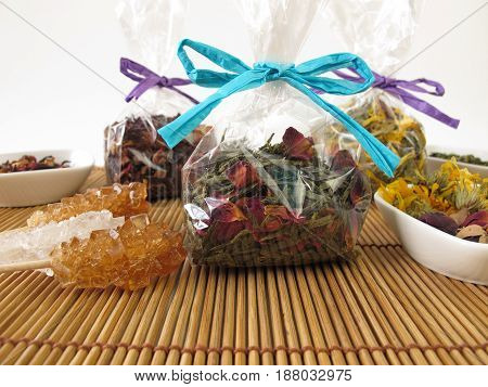 Tea gifts with herbal tea and fruit tea packaged in small bags