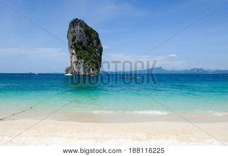 The beautiful landscape of Koh Poda (Poda Island) in Krbi province of Thailand.