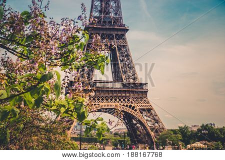 The Eiffel Tower in Paris, France. Eiffel Tower, symbol of Paris. Eiffel Tower in spring time. Photo stock.