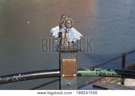 Mini sculpture statue liberty photo in Uzhgorod : Uzhhorod, UKRAINE photo - APRIL 1, 2017
