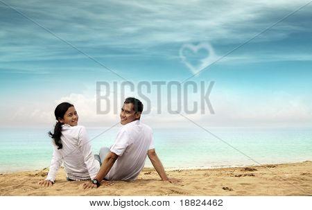 honeymoon beach happy couple