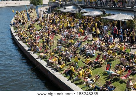Bvb Fans / Borussia Dortmund Fans At Riverside In Berlin