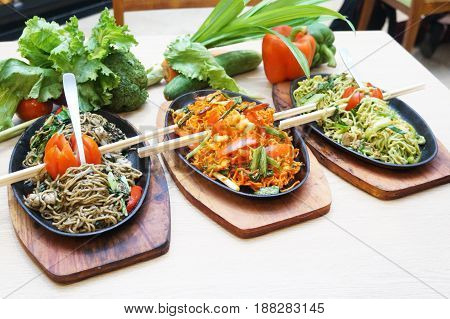 Spicy spicy noodles originating from Indonesia, this food is very enjoyable at night