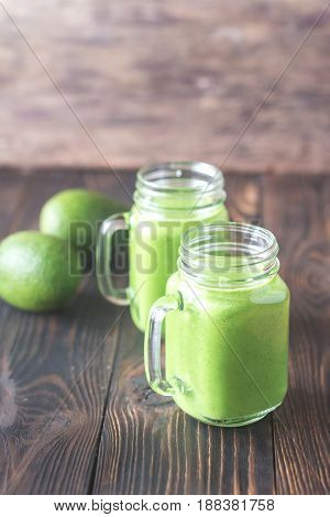 Avocado And Spinach Smoothies