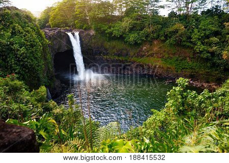 Majesitc Rainbow Falls Waterfall In Hilo, Wailuku River State Park, Hawaii