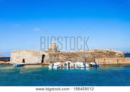Venetian Kastro In Naoussa