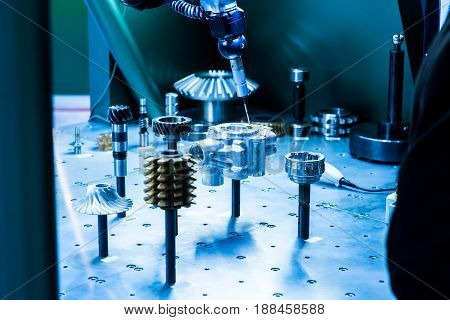 Precision sensors for fast, accurate acquisition of component dimensions and surface data. Measurement systems for CMMs