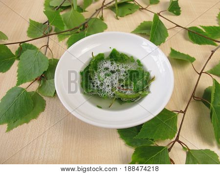 Soap saponins or in birch leaves as birch soap