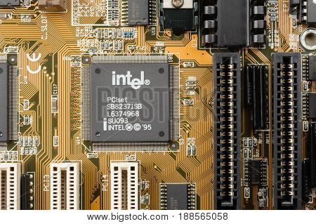 Microchip From Intel