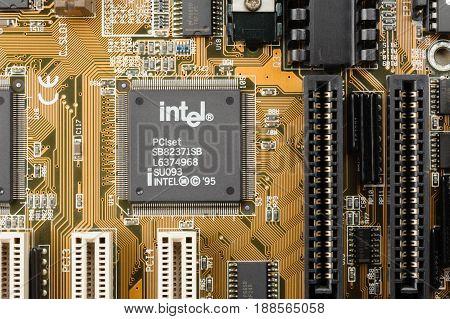 Microchip From Intel