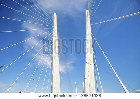 Hi guys go into the sky bridge with piers. tremendous support bridge