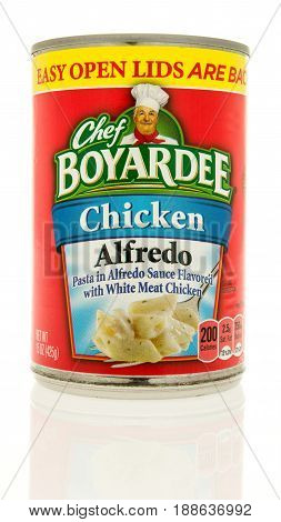 Winneconne WI - 13 May 2017: A can of Chef Boyardee chicken alfredo on an isolated background.
