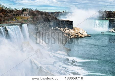 Niagara Falls Usa In Spring