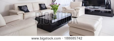 Cream Leather Lounge Suite