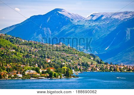 Lago Di Garda Near Gardone Riviera View