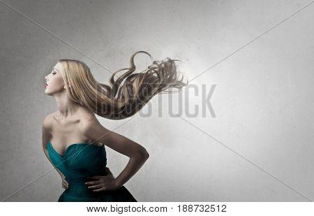 Blondie swishing her hair