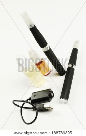 Electronic cigarette, detail and components. E-cigarette business