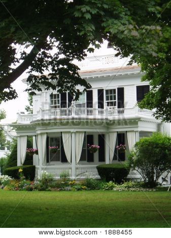 Martha'S Vineyard Mansion In Edgarton