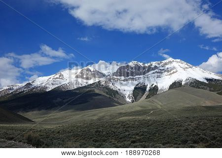 The Lost River Mountains are located between Challis and Mackay and include most of the tallest mountains in the state of Idaho.