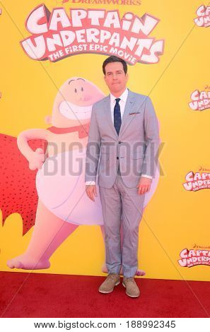 LOS ANGELES - MAY 21:  Ed Helms at the