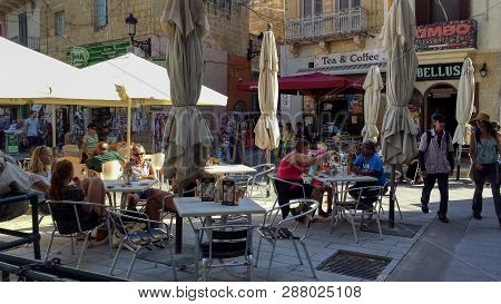 Victoria,gozo,malta- September 2018 - Tourists Enjoy The Afternoon Sunshine In The Town Square Of Vi