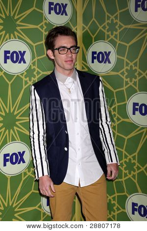 LOS ANGELES - JAN 8:  Kevin McHale arrives at the Fox TCA Party - Winter 2012 at Castle Green on January 8, 2012 in Pasadena, CA