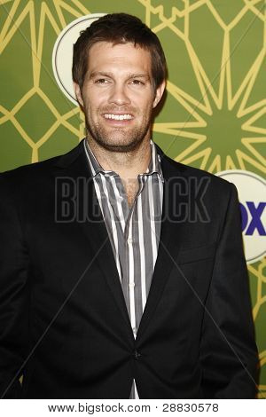 LOS ANGELES - JAN 8:  Geoff Stults at the FOX All Star Winter TCA Party at Castle Green on January 8, 2012 in Pasadena, California.
