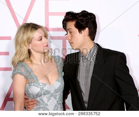 LOS ANGELES - MAR 7:  Lili Reinhart, Cole Sprouse at the