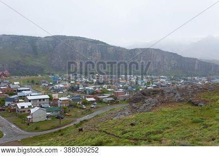 El Chalten Mountain Village View, Patagonia, Argentina. El Chalten Townscape