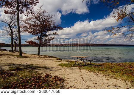 Higgins Lake Michigan. Beautiful Sunny Summer Day On The Sandy Beach Of Higgins Lake State Park In N