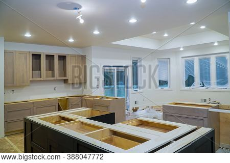 Interior Design Construction Of Kitchen Remodel With Cabinet Maker Installing Home Improvement Custo