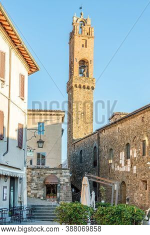 Montalcino,italy - September 5,2020 - Morning In The Streets Of Montalcino. Montalcino Is A Hill Tow