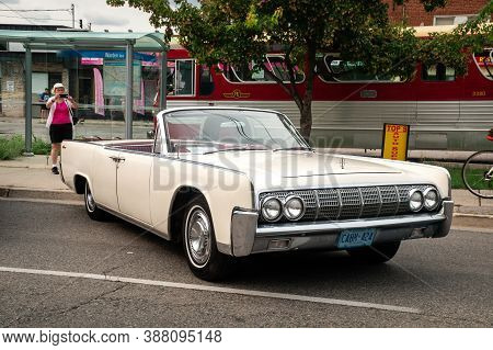 Toronto, Canada - 08 18 2018: 1964 Lincoln Continental Convertible Oldtimer Car Made By Lincoln, A D