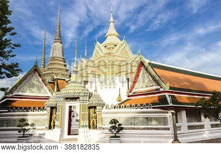 Wat Pho, Temple Of The Reclining Buddha, Its Official Name Is Wat Phra Chetuphon Wimon Mangkhalaram