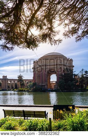 Architecture of Palace of fine arts at Presidio Park garden in North California USA West Coast of Pacific Ocean, San Francisco United States Landmark Travel Destination cityscape concept.