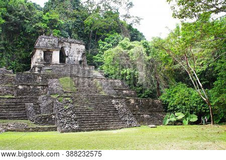 Ruins Temple of the Skull, pre-Columbian Maya civilization, Palenque, Chiapas, Mexico. UNESCO world heritage site