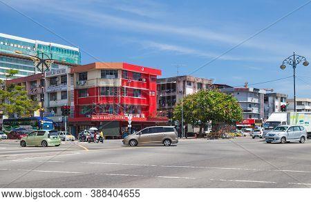 Kota Kinabalu, Malaysia - March 17, 2019: Jalan Tun Razak Street View With Cars And Ordinary People
