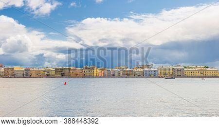Panorama Of Saint Petersburg Leningrad City With Row Of Old Colorful Buildings On Embankment Riverfr