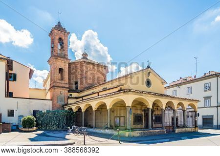 View At The Church Of Del Pozzo In The Streets Of Empli Town - Italy