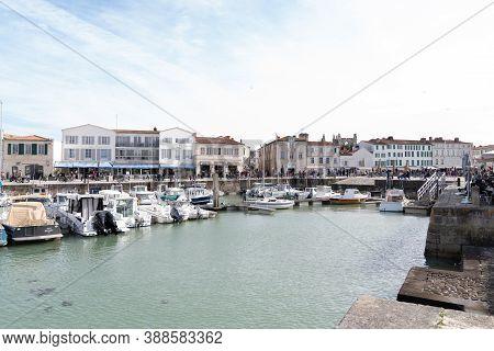 Saint Martin En Re - Ile De Re  Nouvelle Aquitaine / France - 05 02 2019 : Port At Saint Martin De R