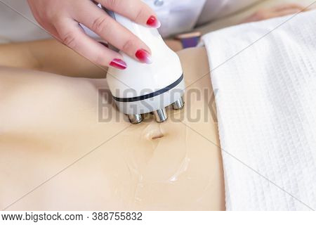 Hardware Cosmetology. Body Care. Spa Treatment. Ultrasonic Cavitation Body Contouring Treatment. A W