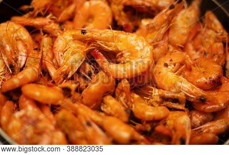 Delicious Prepared Shrimps In The Fry Pan. Roasted Shrimps With Herbs. Seafood, Shellfish. Shrimps P