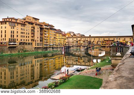 Florence, Italy, October 11, 2018: Ponte Vecchio Over Arno River In Florence, Italy.