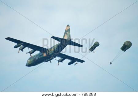 airborne troop