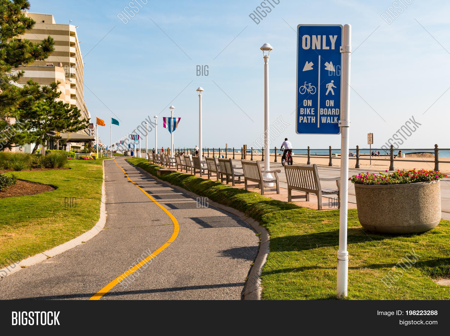 Virginia Beach July 13 2017 Sign Marking The Bike Path Which