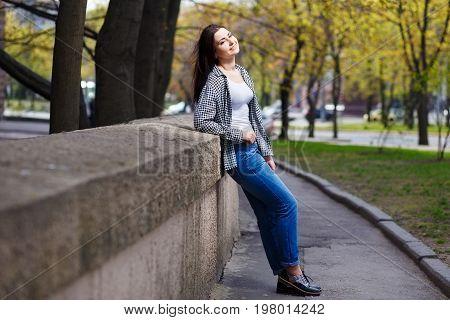 Young Pretty Stylish Smiling Woman Wearing Fashionable Shortened