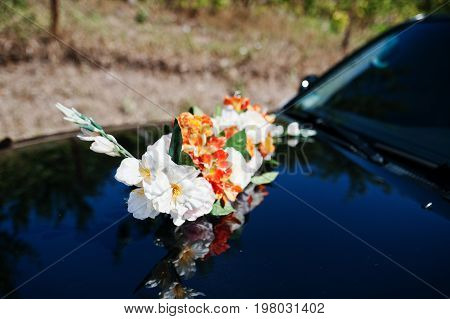 Gorgeous decorated black wedding suv car luxury