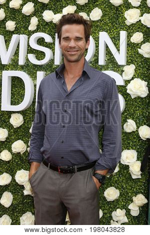 LOS ANGELES - AUG 1:  David Walton at the CBS TV Studios Summer Soiree TCA Party 2017 at the CBS Studio Center on August 1, 2017 in Studio City, CA